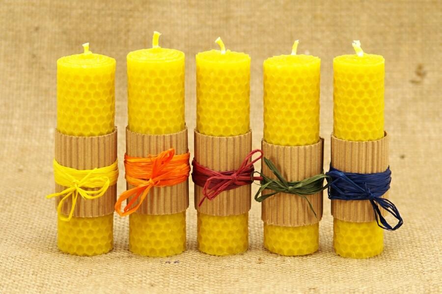 Svíčky mezistěnka