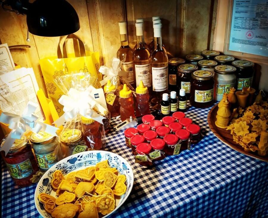 Když k nám přijdete pro med, každý si vybere.